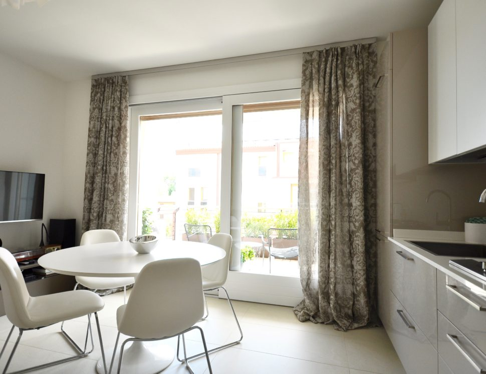 Atelier Veneto tende moderne per cucina
