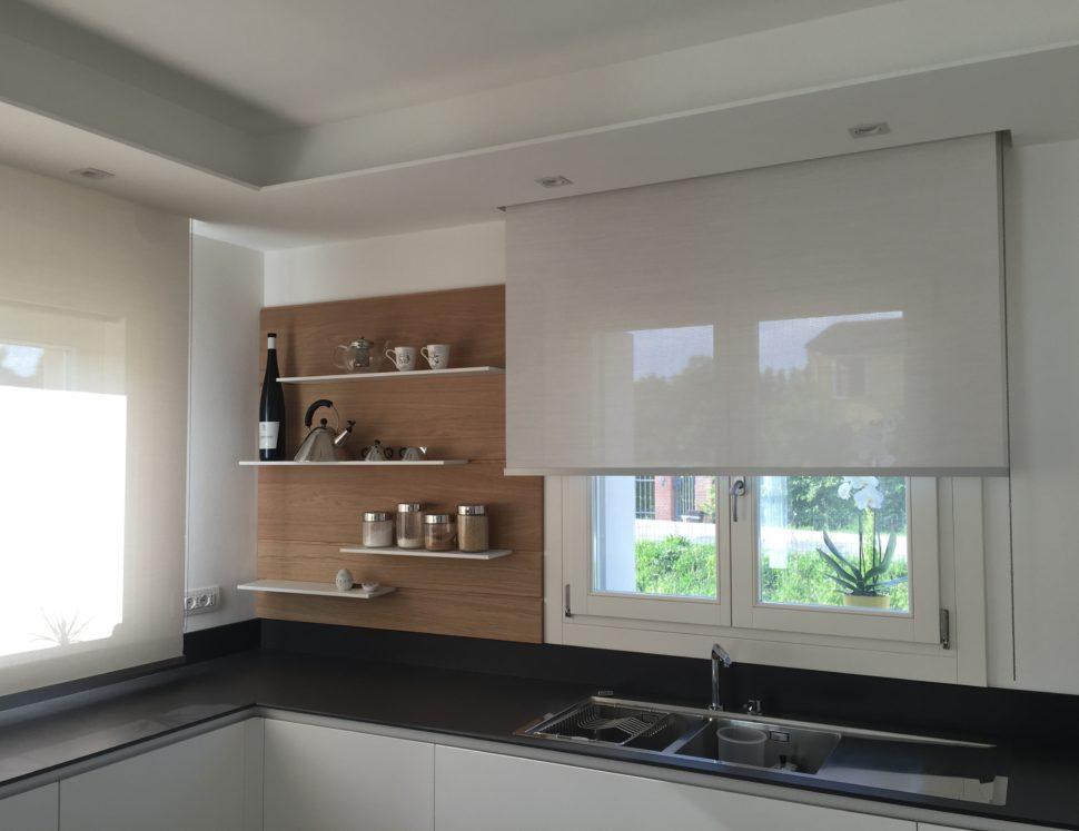 Atelier Veneto tende rullo per cucina