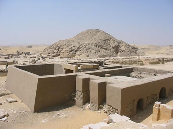 piramide_unis