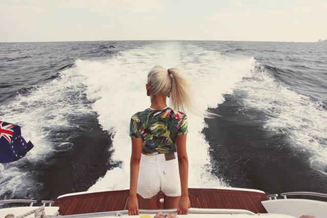 beauty-blonde-boat-girl-Favim.com-1020187