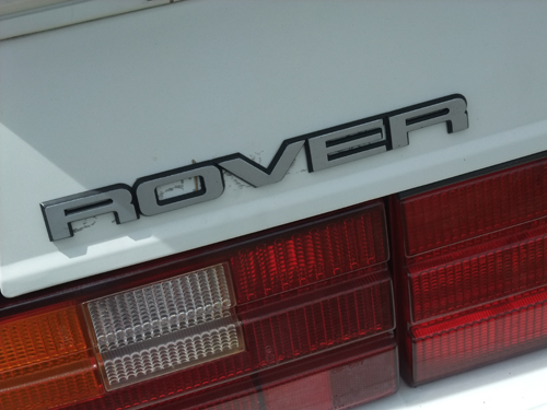 1989 Sterling 827SLi five-door Rover decklid badge © 2014 Aaron Severson