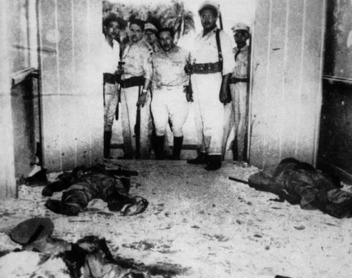 Αντάρτες που έπεσαν από τα πυρά του στρατού του δικτάτορα Μπατίστα, μετά την επίθεση στο Μονκάδα. Φωτογραφία: Keystone-France, Getty Images