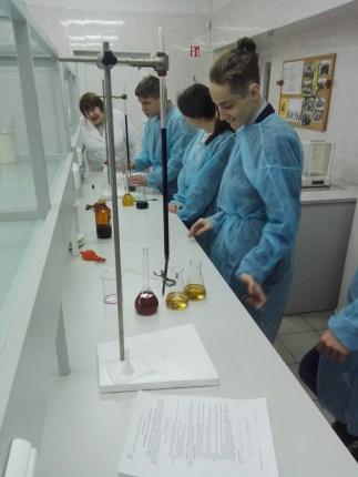 Praktinis seminaras Kaišiadorių A. Brazausko gimnazijos moksleiviams Chemijos laboratorijoje
