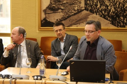 Agrotechnologijų fakulteto dėstytojai dalyvavo Seime vykusioje Seimo Kaimo reikalų komiteto ir Žemės ūkio rūmų konferencijoje