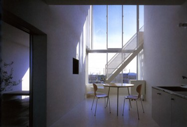 Interior de una vivienda (2)