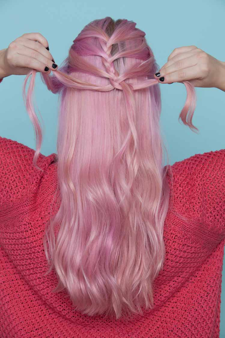 Mermaid Hair A Romantic Trending Half Updo Youve Got To Try