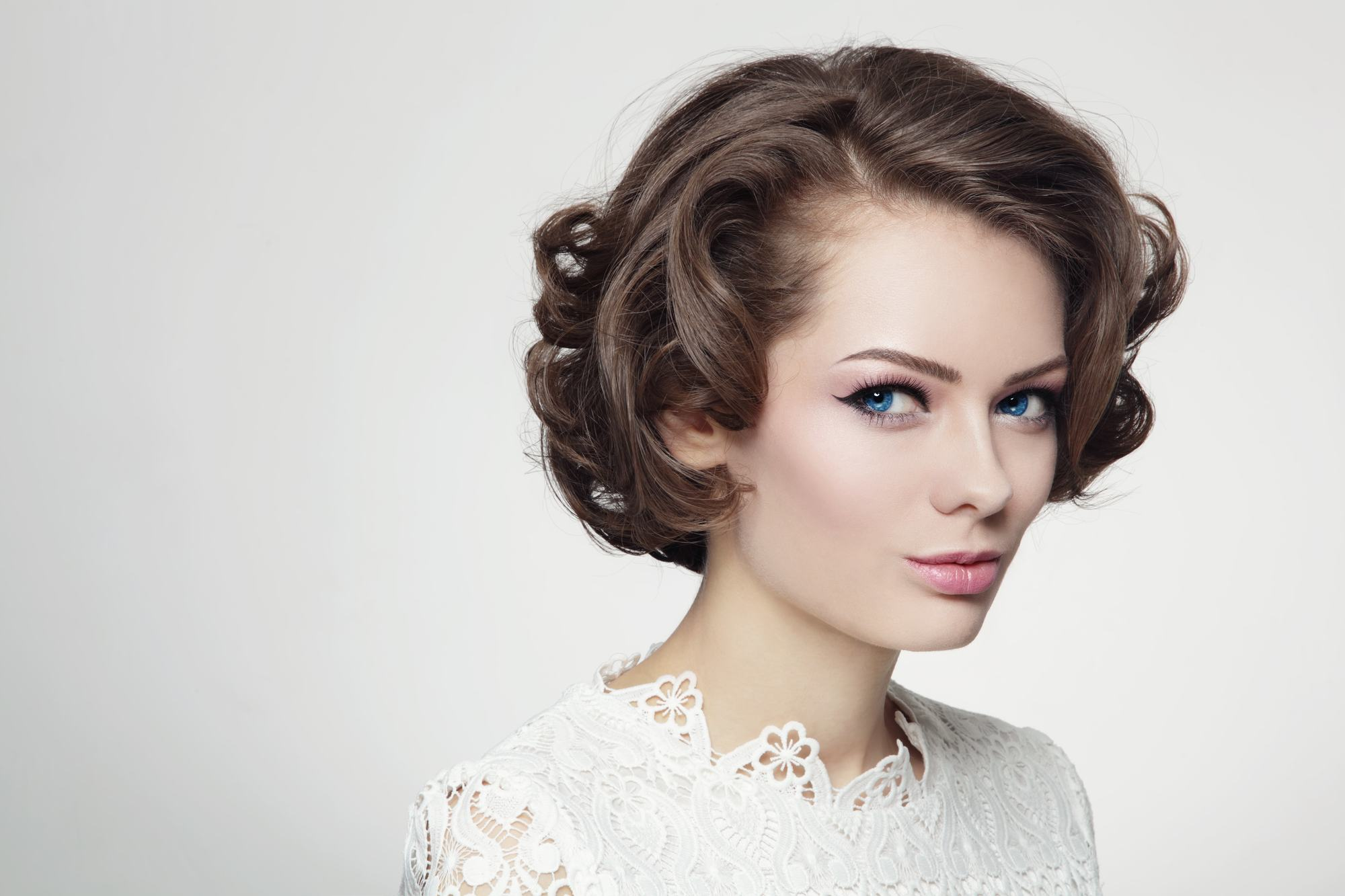 Vintage 60s Hairstyles How to ReCreate 2 Iconic Styles