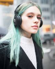 nyc street style hair color trends