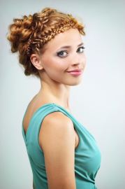 romantic medieval hairstyles