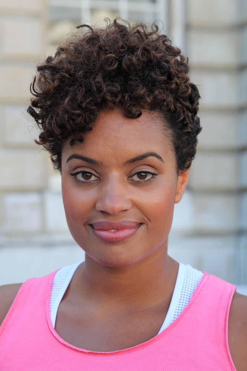 Short Curly Hairstyles for Black Women 20 Easy  Stylish