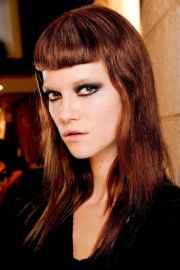 7 medium length straight hairstyles