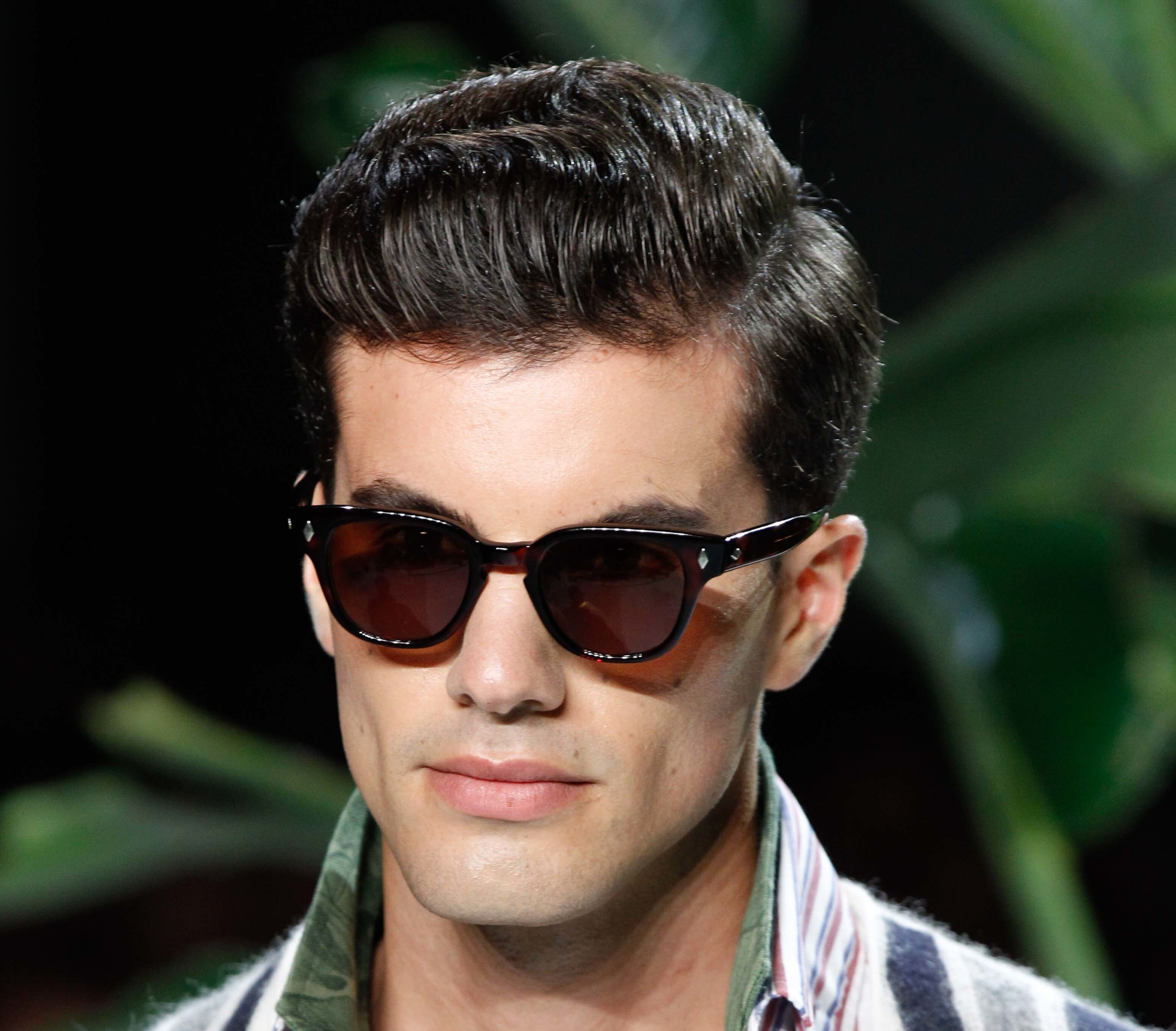 Cool Men's Hairstyles For Thick Hair And How To Get Them