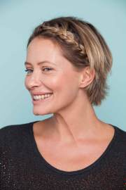 headband braid short hair tutorial