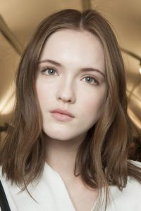 Light brown hair: Inspiration to take you from summer to ...