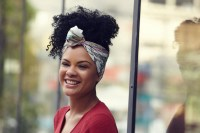 3 Pretty ways to tie your hair with a silk scarf