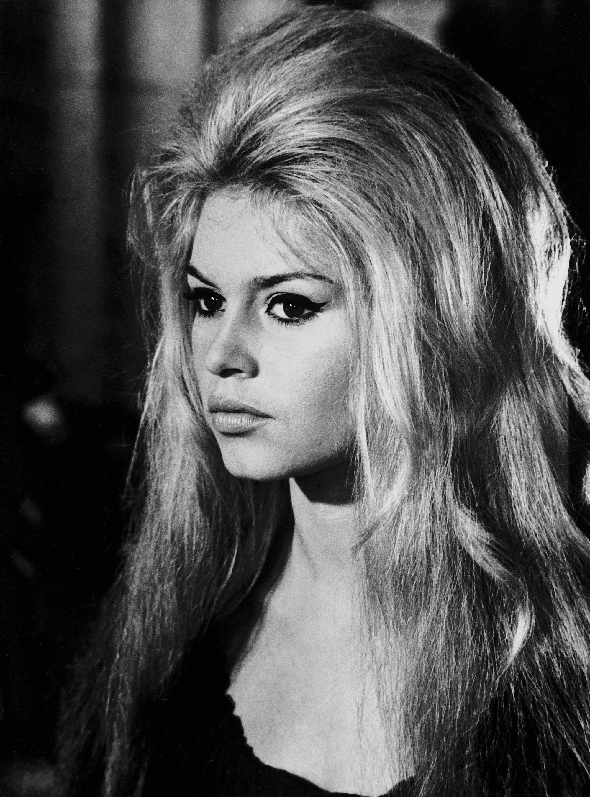 Brigitte Bardot Hair Is Officially Back For 2018 See Her