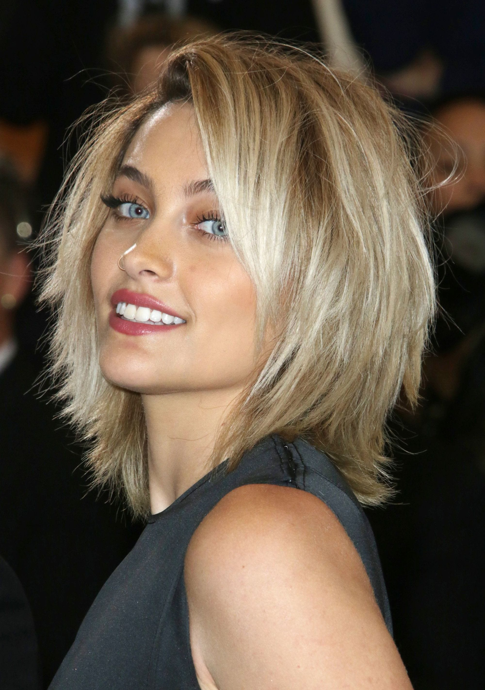 How To Get People To Like Haircut For Thin Hair To Look Thicker