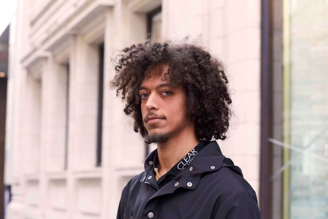 15 sexy curly hairstyles for men