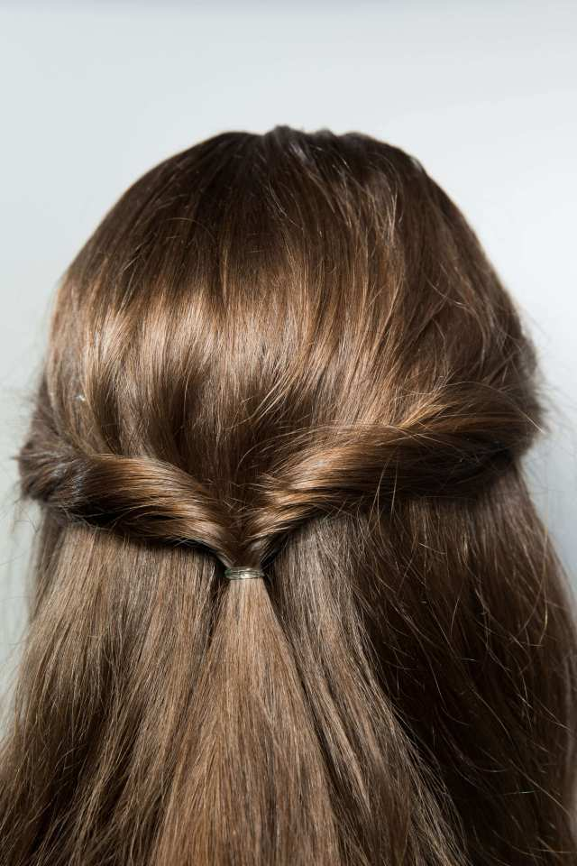 bridal hair ideas: chic wedding hairstyles for thin hair