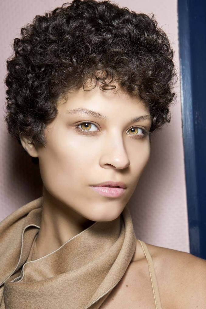 11 androgynous haircuts to inspire your new look