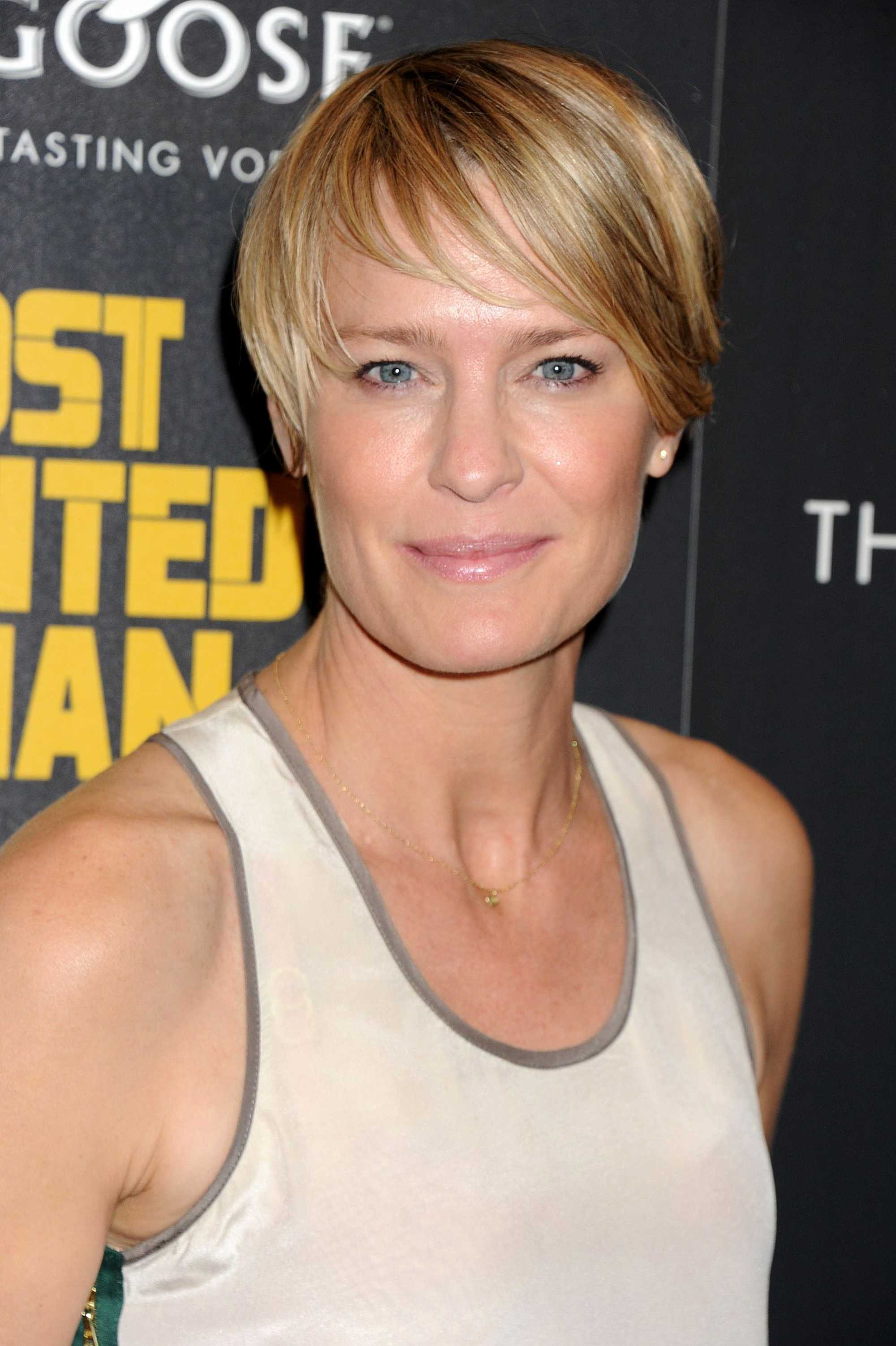Claire Underwood Hair : claire, underwood, Instagram's, Claire, Underwood-inspired, Hairstyles