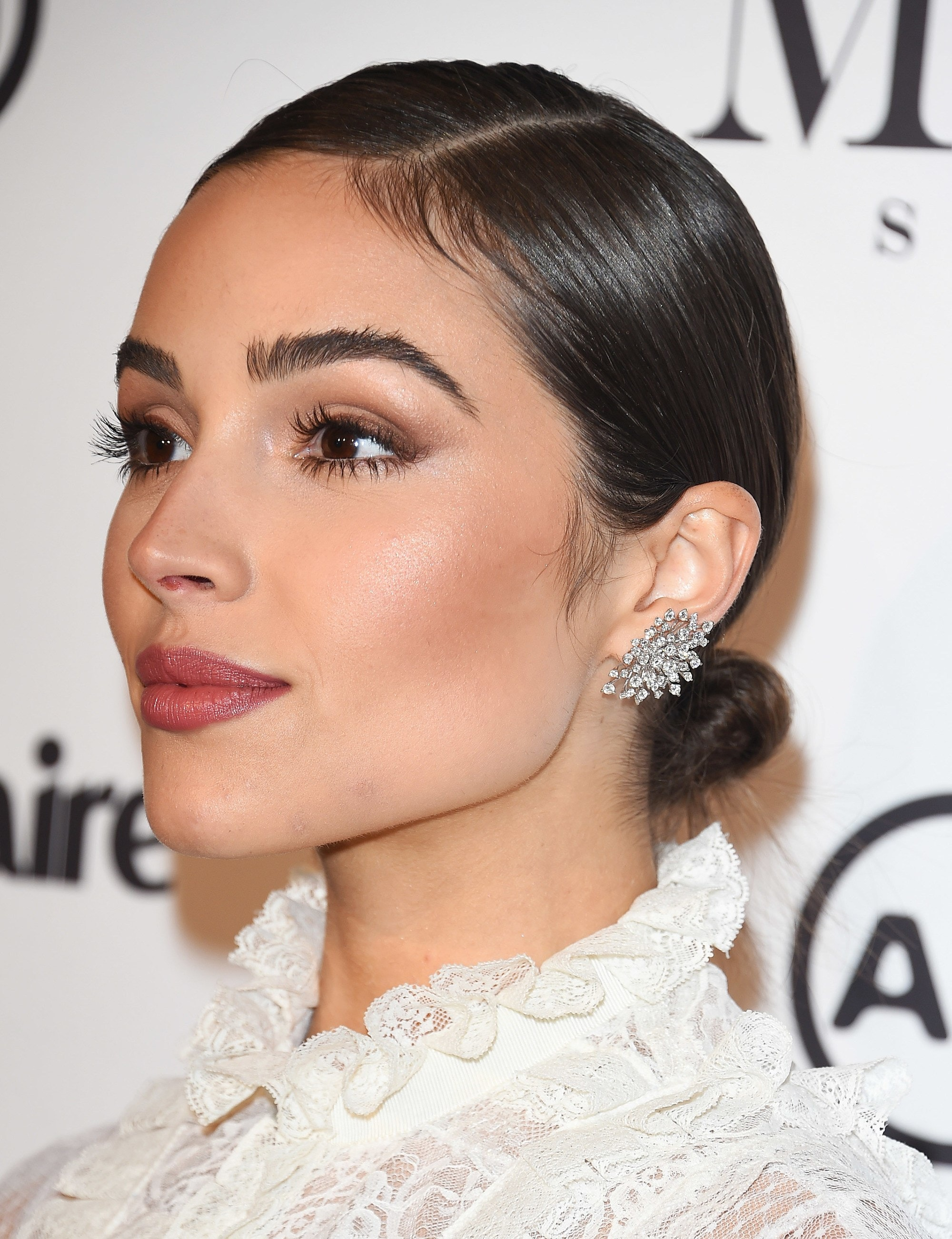 12 Formal Hairstyles For Short Hair To Rock This Party Season