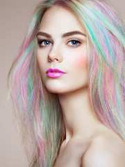 mint green hair and
