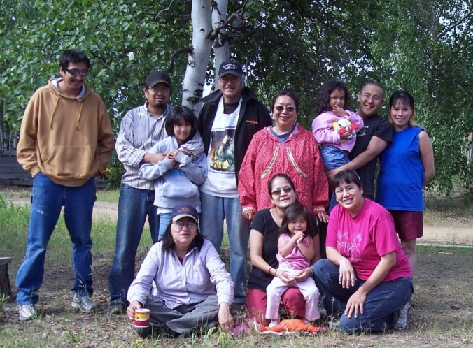 Yatlin Family in 2007. Back row (left-right): Al Jr., Solomon, Janessa, Al Sr., Eleanor, Ermelina, Johnnie and Dolly. Front row (left-right): Sheri, Tanya, Lydia and Angela. Photo taken by Farmer Vent