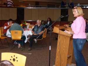 Tabetha Toloff speaks at ANPA's 10th anniversary in 2009.