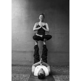 acro yoga tacoma