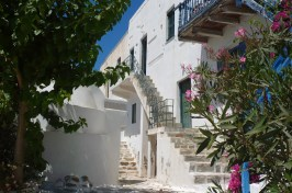 Antiparos-castro-apartments