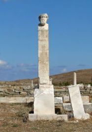 Bust_of_Hermes,_Delos