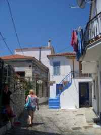Houses_on_skiathos