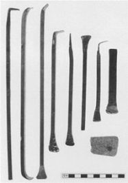 Tools_used_for_the_cleaning_of_the_Elgin_Marbles