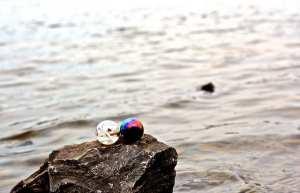 Marble relationship. Image: William J Serson, Flickr.