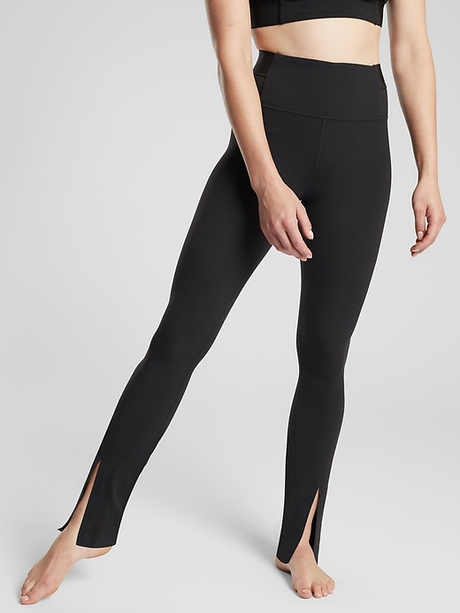 Aura Split Pant in Powervita&#153