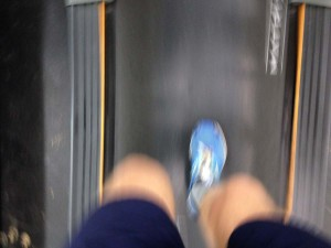 A 30-second plantar fasciitis cure, following FitOldDog session on treadmill running rehab