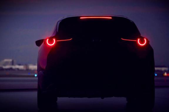 H crossover «μετάλλαξη» του Mazda3