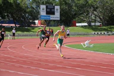 Boys 200m Heats (19)