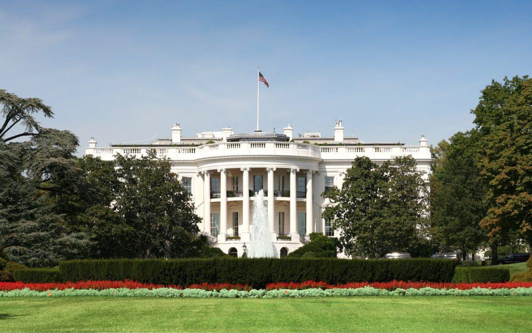 Restoring White House rose garden on gardeners' wish list
