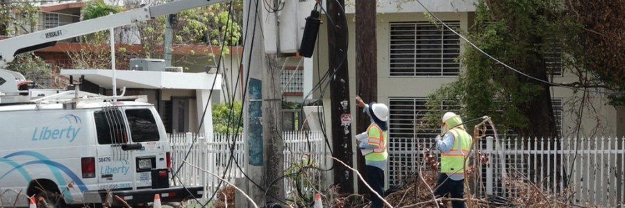 At home in Puerto rico - Reliable internet in puerto rico? -picture of crews repairing internet lines after hurricane maria