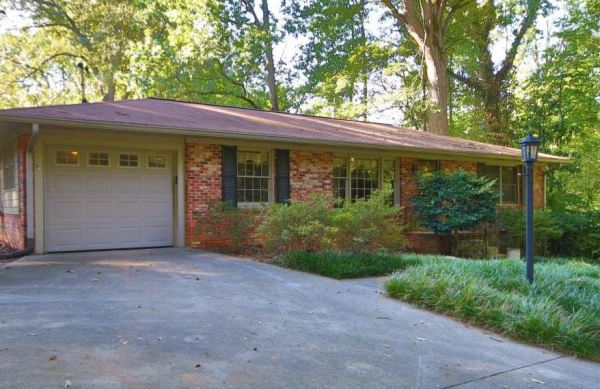 smyrna-ga-house-in-forest-hills-community