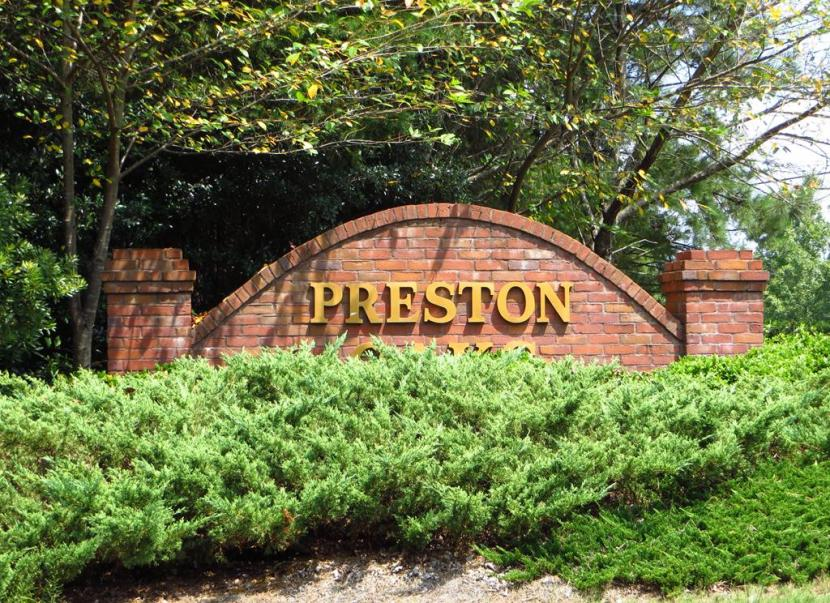 Preston Oaks Of Suwanee GA-Forsyth County Neighborhood