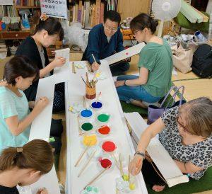 名古屋の手描き友禅工房で半衿の体験