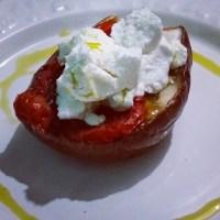 melanzana al forno con pomodorini e caprino