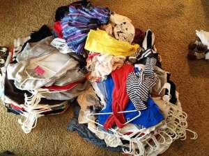 Organizing your closet so it stays organized. Ideas and tips for master bedroom walk in closet clothes organization
