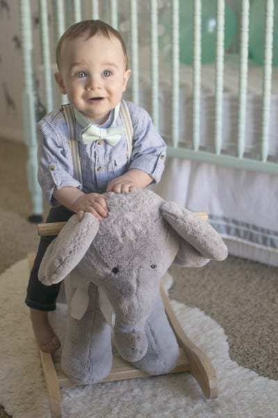 10 Tips For Getting Perfect One Year Old Photos At Home With Ashley