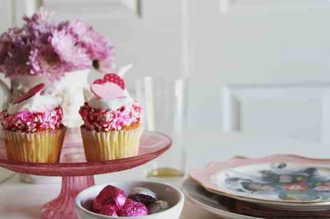 Valentine's Day Tablescape and How to make a Letter Garland