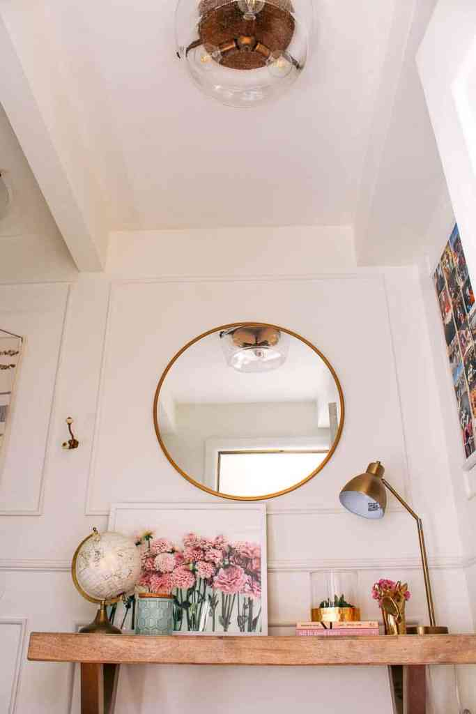 how to sell our house super quickly. Tips on staging so your house gets more offers and sells faster for more money. How to organize and declutter your stuff so you get top dollar for your home. Bathroom, kitchen, and living room ideas.