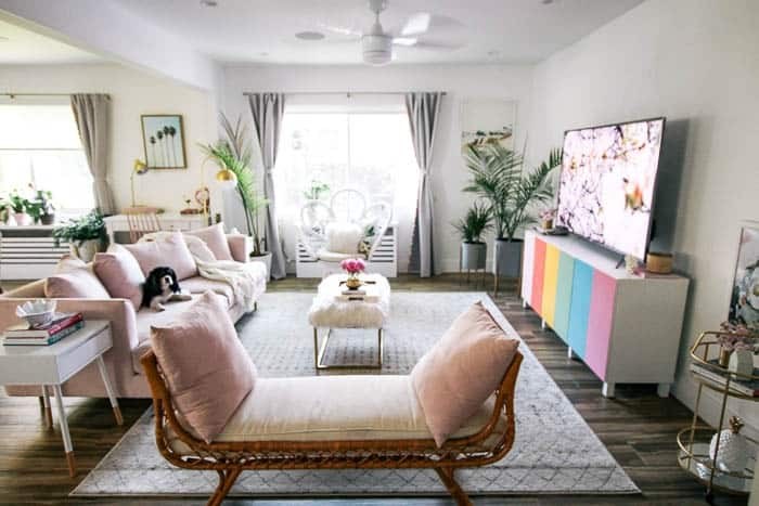 b169b2c2d How to mix glam with beach décor - at home with Ashley